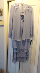 Formal Lavender dress size 18 NEW with tags