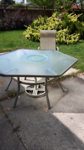 patio table with 6 sides