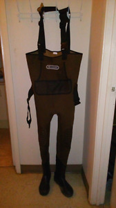Outboun waterproof breathable nylon chest waders mens size 9