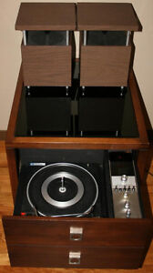 Vintage Electrohome Boutique Originals Record Player AMFM Stereo