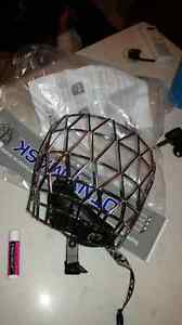 Jr. Chrome ringette mask Edmonton Edmonton Area image 1