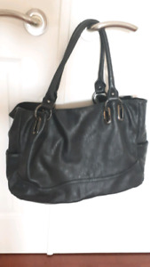 Large Black Aldo Faux Leather Tote bag GREAT CONDITION