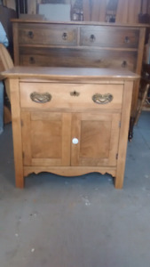 Maple dresser  /side table