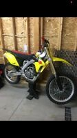 2014 rmz250 less then 5 hrs 5000$