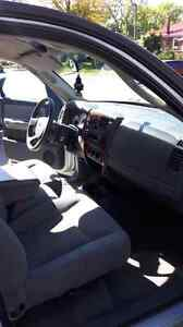 05 Dodge Dakota 2WD Quad Cab V8 4.7L Magnum