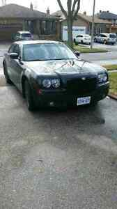 2008 Chrysler 300 touring come with brand new winter tires