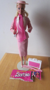1984 Day-to-Night Barbie doll
