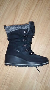Cougar winter wedge boot