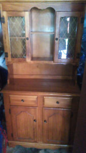 maple table 4 chairs and hutch