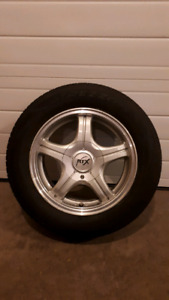 Set of 4 185-60-14 tires and rims Chev Aveo