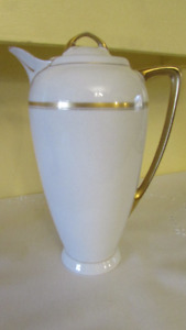 Vintage Victoria, Austria Chocolate/Coffee Pot