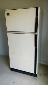 Full Size Fridge - Free Delivery