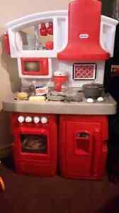 Little Tikes Full Kitchen Set