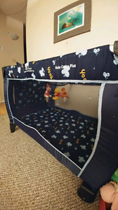 Infant play pen