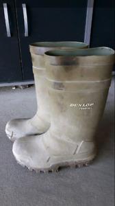 Dunlop work rubber boots
