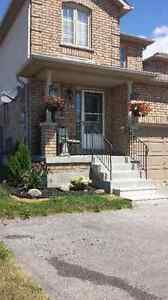 Bowmanville Townhouse For Rent - Oct. 1