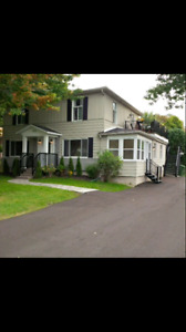Large 2 bedroom, Dorval, renovated, July 1. Grand 2CAC, renové,