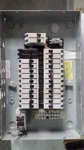 Panneau Commander 125A-24 Circuits avec Breakers