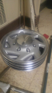 REDUCED--Ford hubcaps