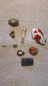 BROOCHES! some antiques Kawartha Lakes Peterborough Area image 1