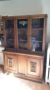 Buffet and hutch $80 OBO