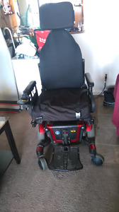 PRIDE QUANTUM ELECTRIC WHEELCHAIR RED EXCELLENT CONDITION