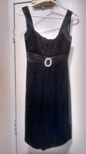 COCKTAIL/HOLIDAY DRESSES SIZE 6/8 NEW