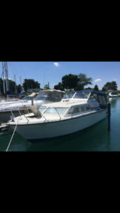 28 foot Chris Craft NEED GONE