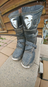 Thor dirt bike boots size 6