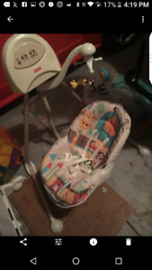 Fisher Price Baby Swing! (Reduced)
