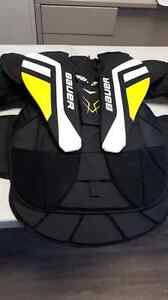 Bauer Supreme ONE.7 Goalie Chest and Arm Protector