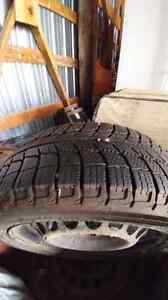 tires with rims 185/55R15 x ice Gatineau Ottawa / Gatineau Area image 2