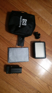 DSLR CAMERA LIGHT