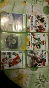 2 xbox controllers + games