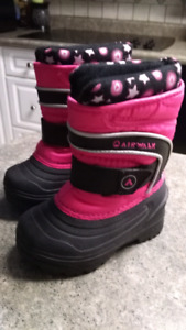 Brand New sz. 5 Airwalk Winter Boots $10