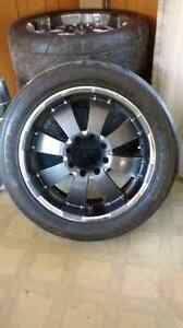 """8 bolt 22""""s with rubber, centers and nuts"""