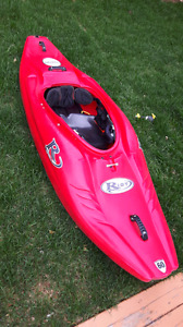 White water riot booster 60 kayak eau vide