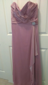 Rose Petal gown, like new!