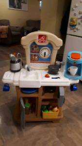 Little tykes step 2 kitchen play set