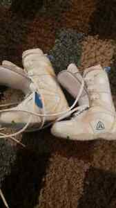 Girks Firefly snowboard boots size 4
