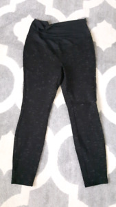 2 pairs of maternity pants - like new!