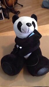 Panda Speakers, works with MP3, iPod or any smartphone