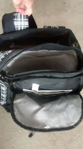 Back pack & Wilfrid Laurier 4 months planner (2 items) Kitchener / Waterloo Kitchener Area image 3