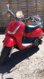 SCOOTER ; Tomos bike.