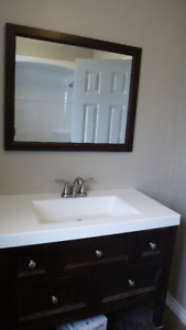 All- Inclusive Furnished Apartment close to Queen's and Downtown