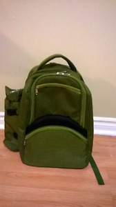 4 Person Picnic Backpack with Cutlery Set (Army Green)