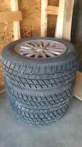 P225 60 R16 truck rated snow tire full tread