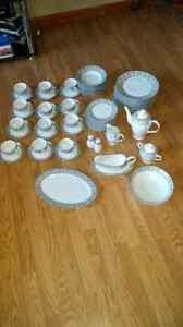 Royal Vienna China Set.12 place settings Reduce for quick sale