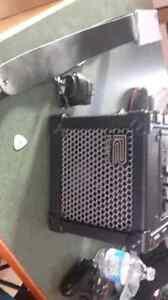 Rolland Mini Cube Amp...