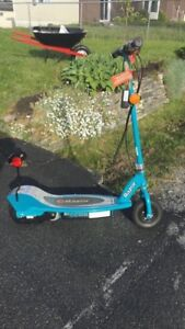 Electric Razor Scooter E200
